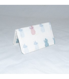 Card Case, Ananas