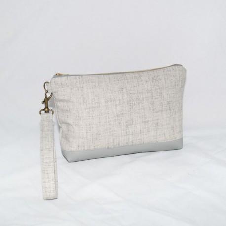 Kellie Wristlet, Grey